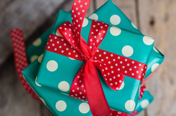 Gifts to Amaze Your Long Distance Boyfriend on this Diwali Festival